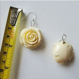 Queens hand by Naya Jewelry - ROSE EARRINGS CREAM IVORY STONE LARGE SILVER 925
